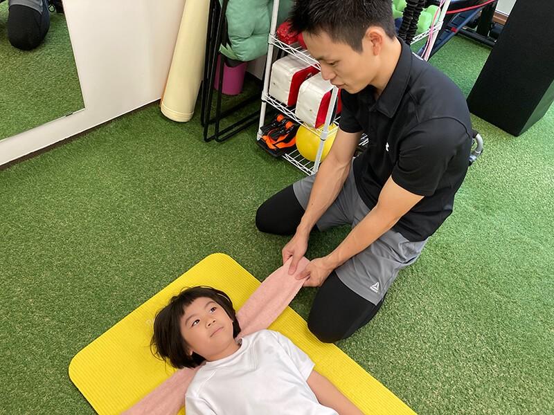 子どもの姿勢改善トレーニング